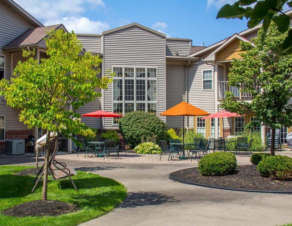 The Village East Apartments Exterior photo 4